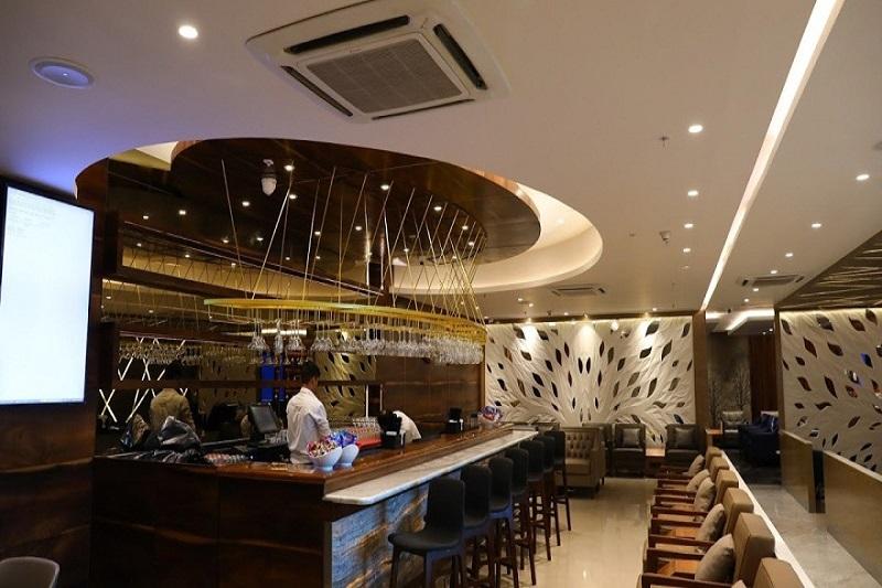 Travel Club Lounge by TFS, Mumbai