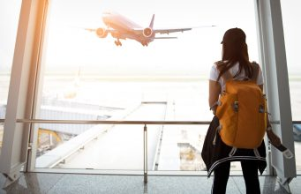 How to deal with airport delays