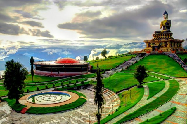 Top Tourists Places to Visit in Sikkim